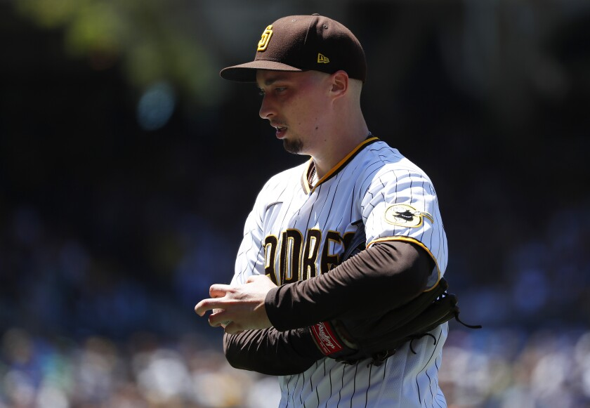 Blake Snell reacts after a play in the fourth inning against the Oakland A's