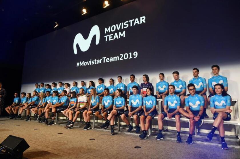 Momento de la presentación del equipo Movistar de ciclismo para la temporada 2019, esta mañana en el Distrito Telefónica, Madrid. EFE
