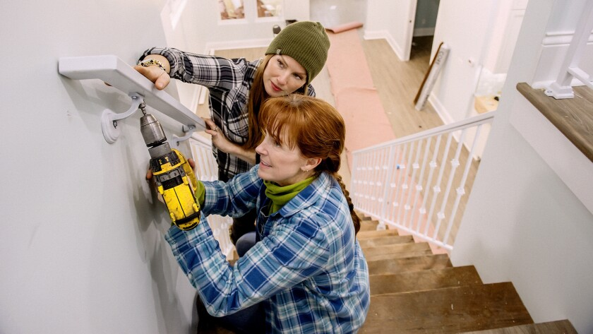 Karen E Laine and daughter Mina Starsiak renovate homes with an average budget of $180,000.