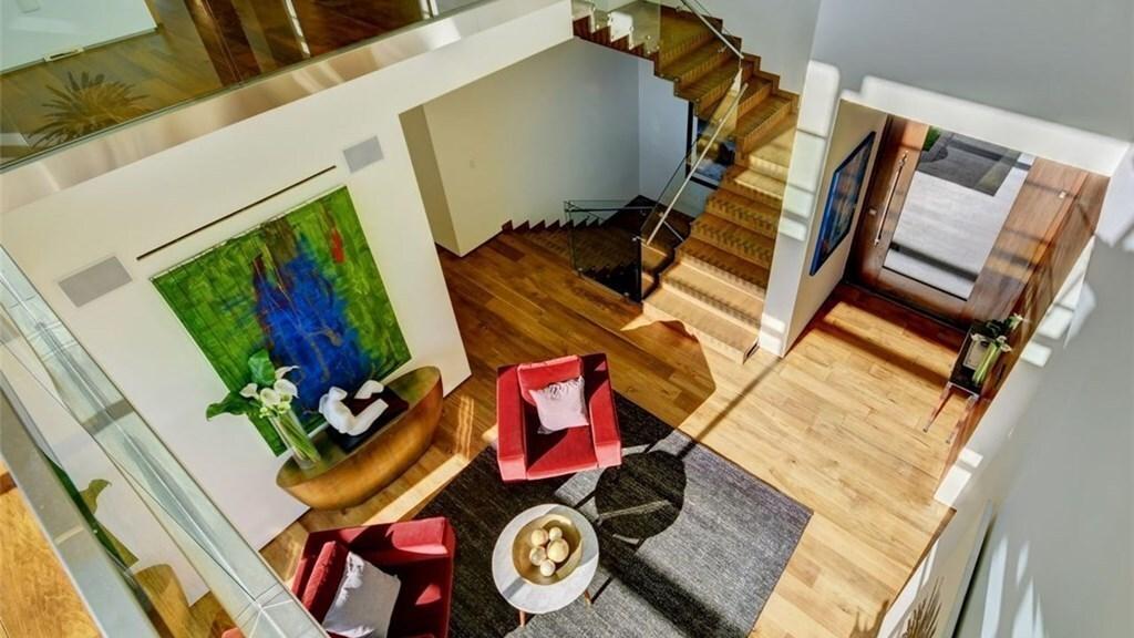 Crystal Hefner   Hot Property