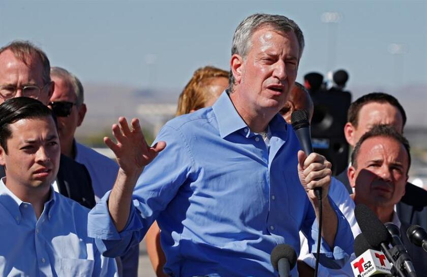 New York Mayor Bill de Blasio along with other mayors from across the United States meets across from one of the tent cities along the United States Mexico border at the Tornillo Port of Entry in Tornillo, Texas 21 June 2018. EFE/EPA