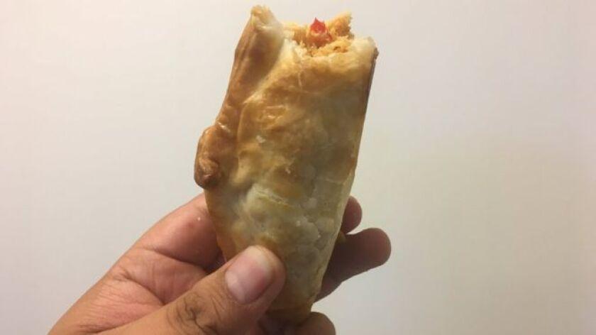 Se conocen empanadas, o versiones similares a ellas, en al menos tres continentes.