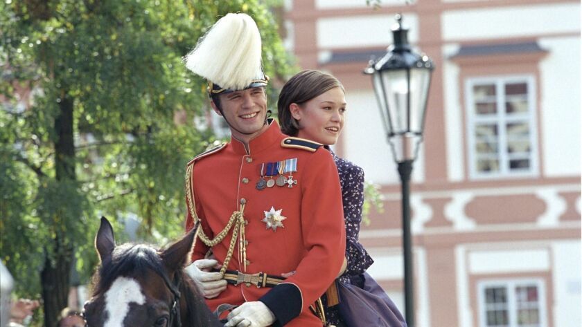 CLH1.CA.0e.1230.Prince5.L0.0 –– (left to right) Julia Stiles as Paige and Luke Mably as Eddie in the