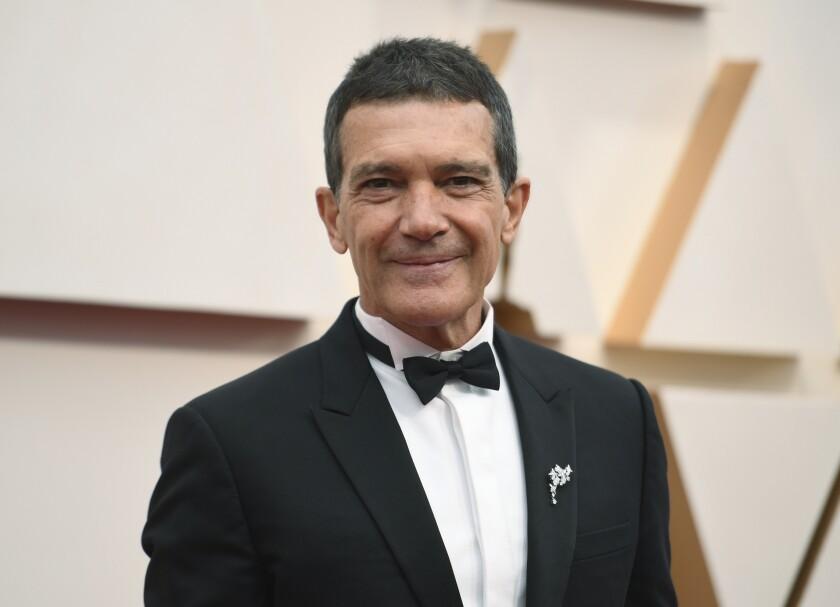 ntonio Banderas llega los Oscar en Los Angeles el 9 de febrero de 2020.