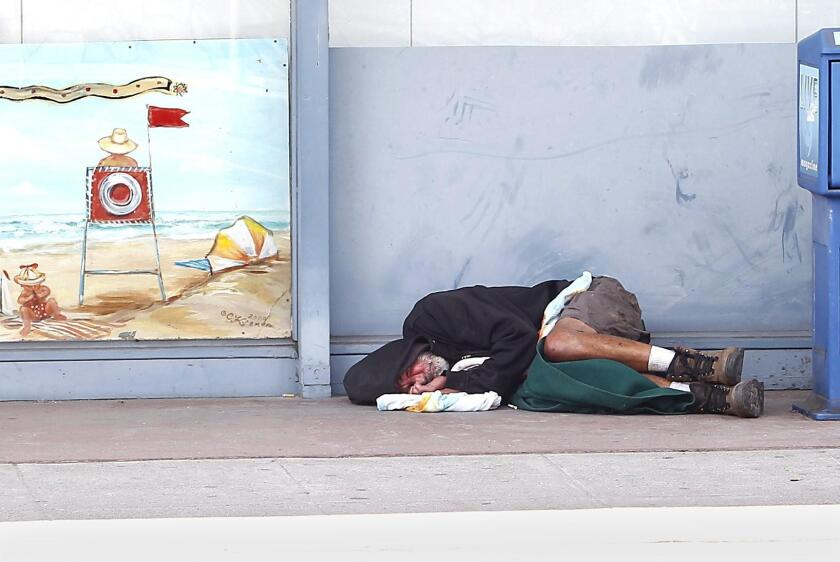 There are no easy answers to solving the homeless problem in Laguna Beach, columnist David Hansen says.