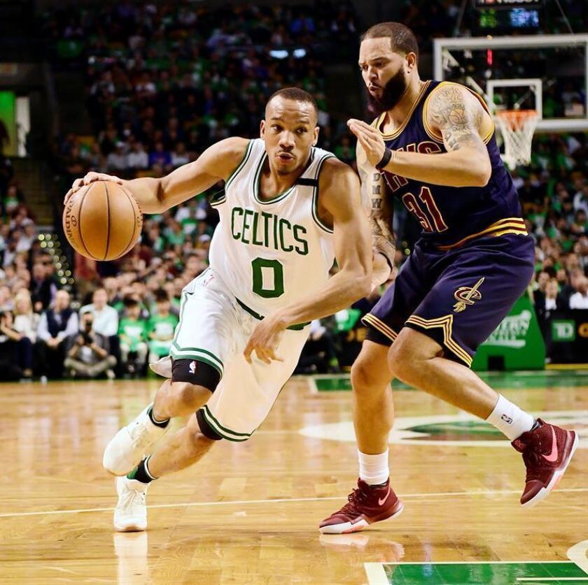 108-99. Bradley y los Pistons mantienen en la derrota a los Kings