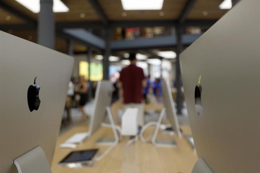 Vista de una tienda de la empresa Apple. EFE/Archivo