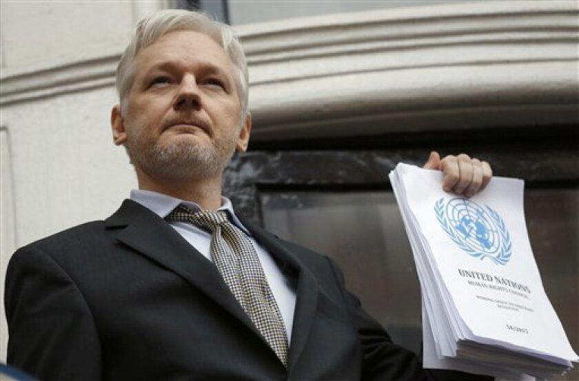 Una corte de apelaciones de Suecia ratificó el viernes una orden de detención contra el fundador de WikiLeaks, Julian Assange, con lo que rechazó el intento más reciente del australiano de 45 años para presionar a los fiscales suecos a retirar los cargos de violación en su contra y que datan de 2010.