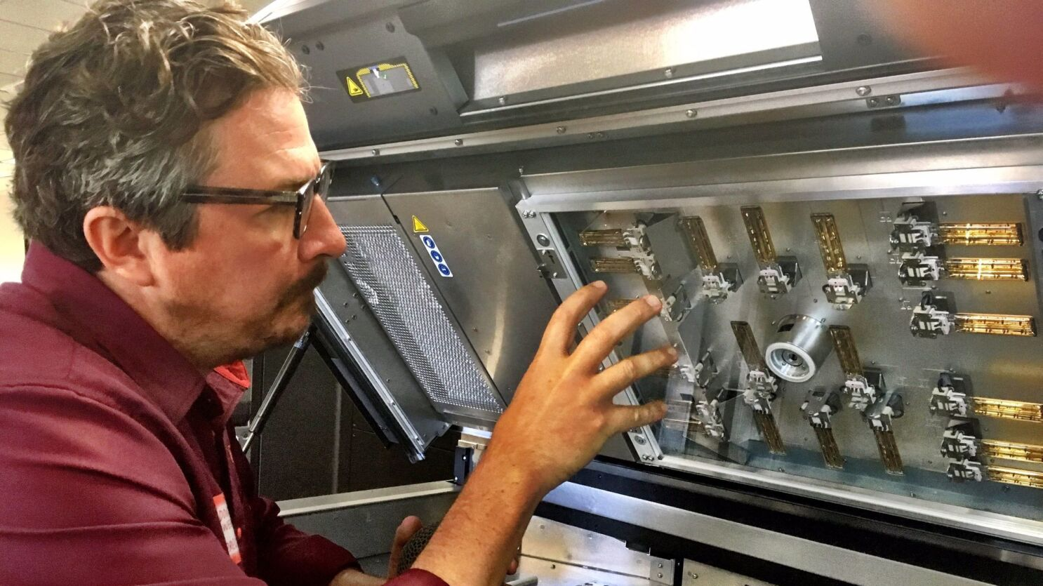 3D printing technology pushes deeper into manufacturing, enabling more complex products