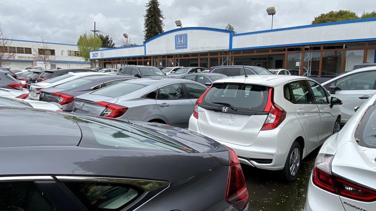 Car dealers, slammed by coronavirus, are ready to cut a deal - Los Angeles  Times