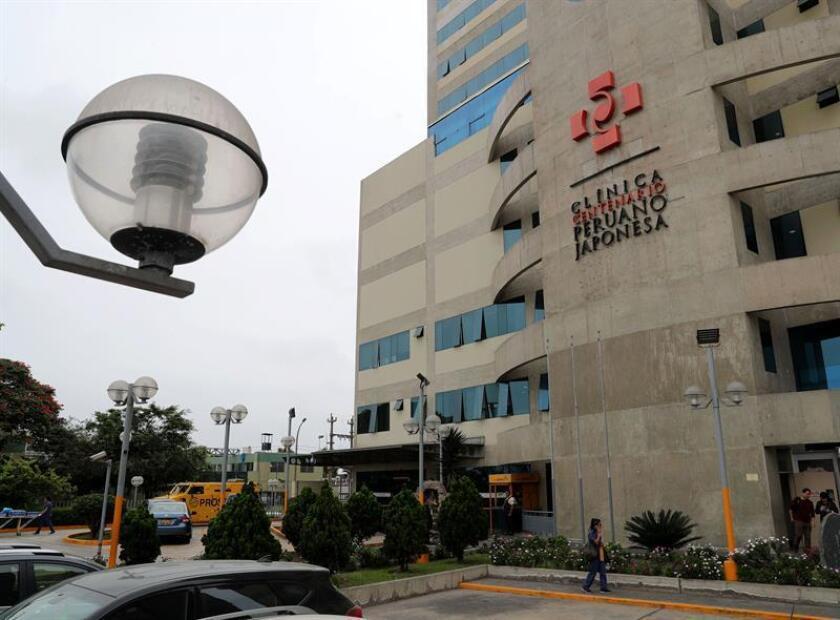 Vista de la fachada de la clínica Centenario Peruano Japonesa, donde se encuentra internado el expresidente de Perú Alberto Fujimori hoy, viernes 5 de octubre de 2018 , en Lima (Perú). EFE
