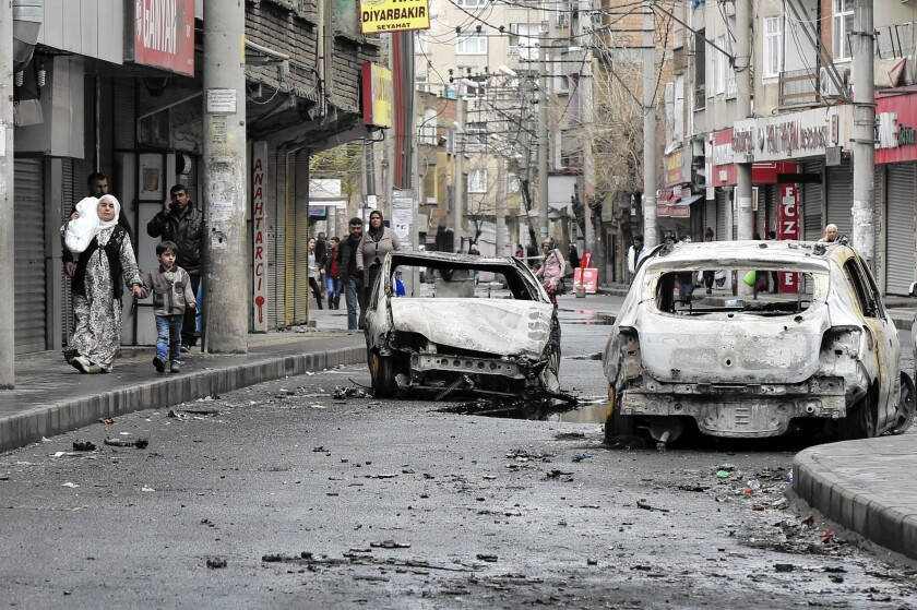 Diyarbakir's Baglar district bears the scars of clashes between Turkish troops and Kurdish militants.