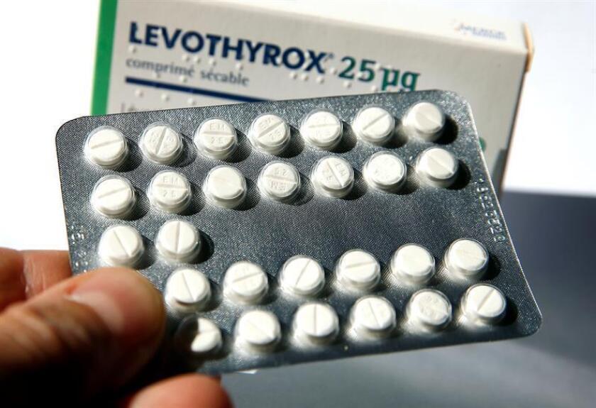 Vista de una caja de Levothyrox, de la farmacéutica alemana Merck, en Niza (Francia). EFE/Archivo