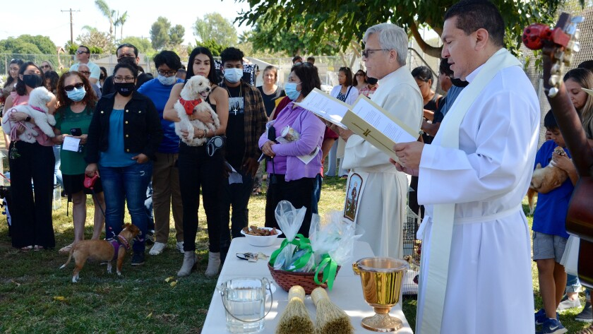 Bro. Michael Hanifin, on the left, and Fr. Miguel Angel Carabez from St. Joachiim Catholic Church in Costa Mesa.