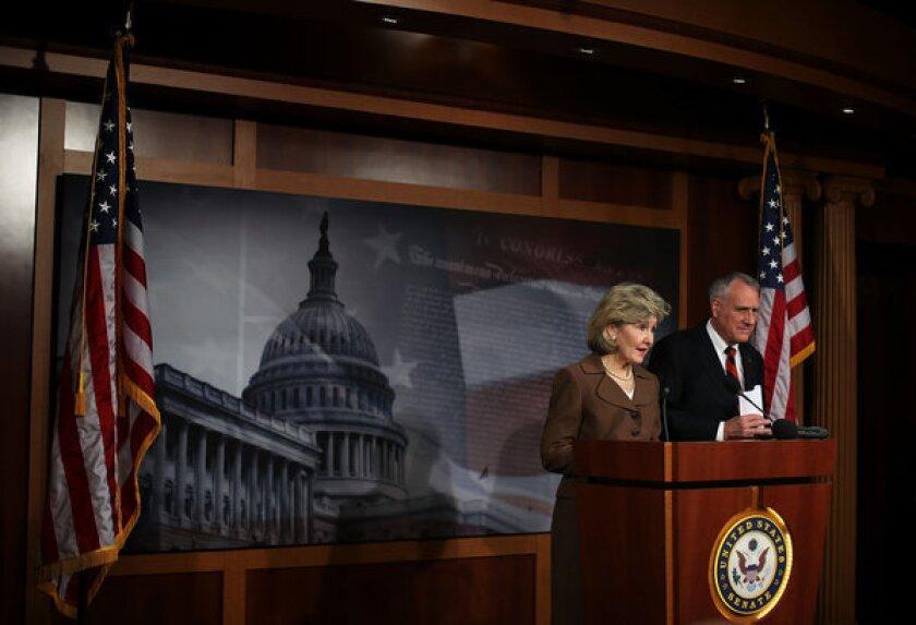 Republican senators present Dream Act alternative