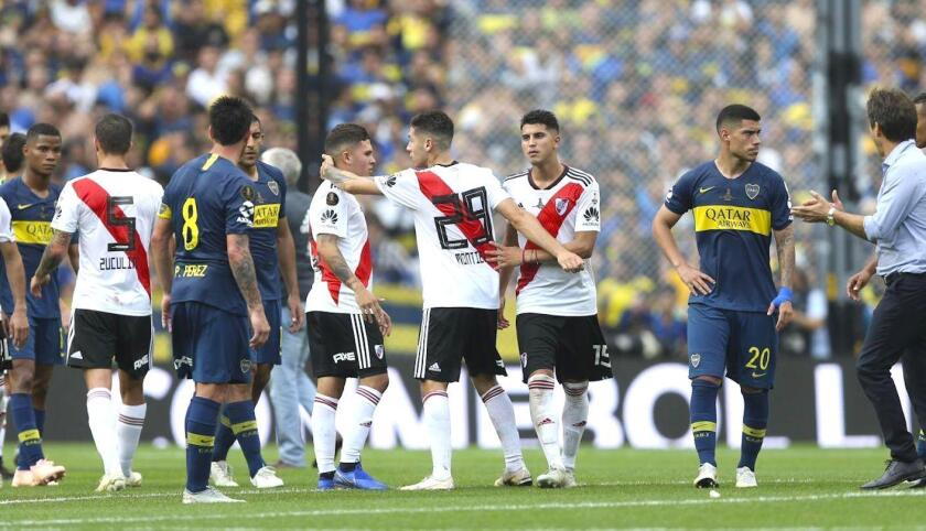 River Plate vs Boca Juniors... en el aire.