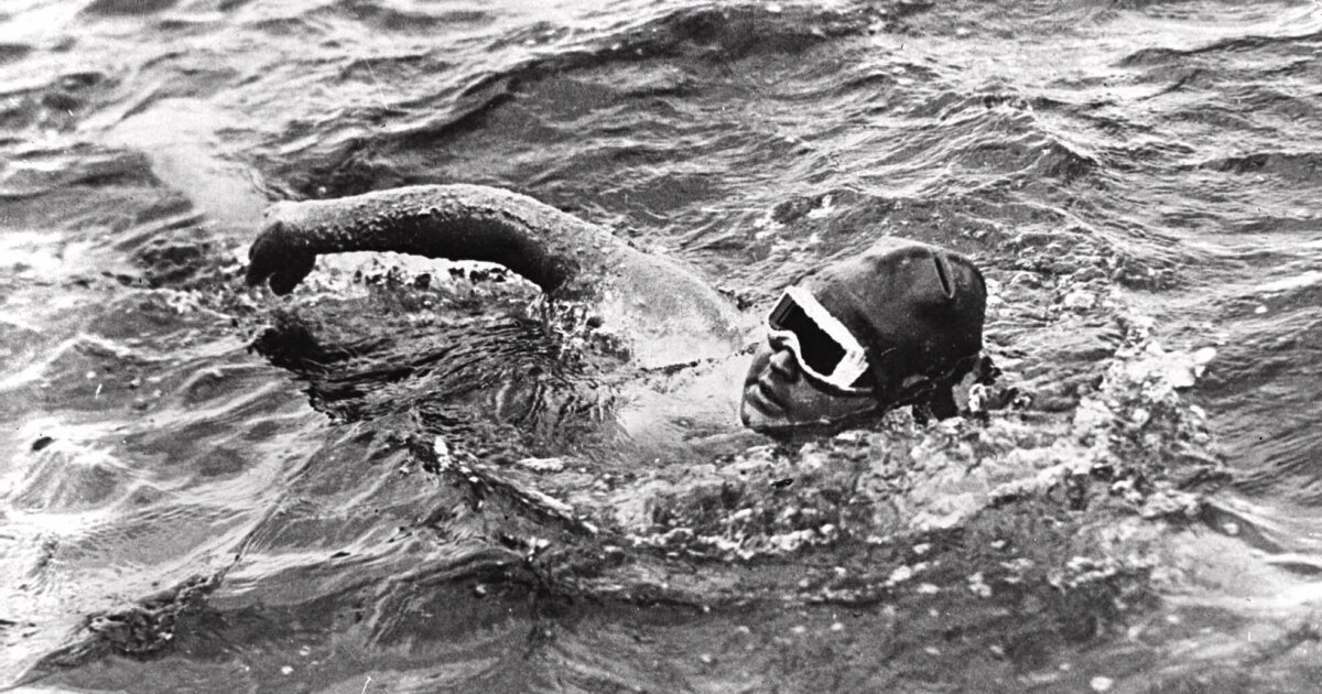 This day in sports: Gertrude Ederle becomes first woman to swim English Channel