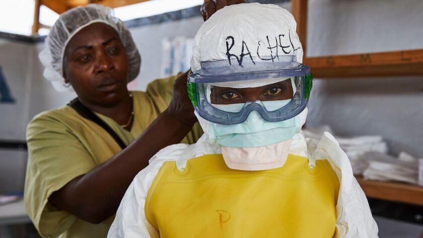 Dressing to treat Ebola victims in the Democratic Republic of Congo