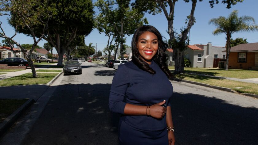 COMPTON CA MAY 20, 2017 -- Compton Mayor Aja Brown at her campaign office. (Irfan Khan / Los Angeles