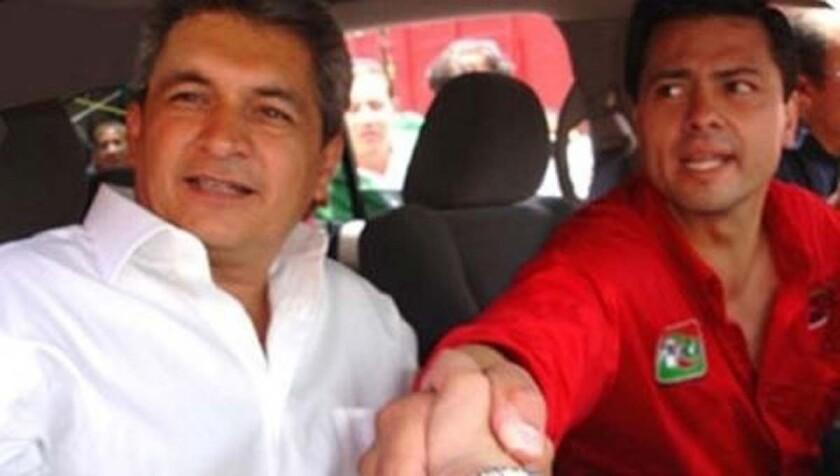 Imagen de archivo de Tomás Yarrington, ex gobernador de Tamaulipas, con Enrique Peña Nieto, presidente de México.