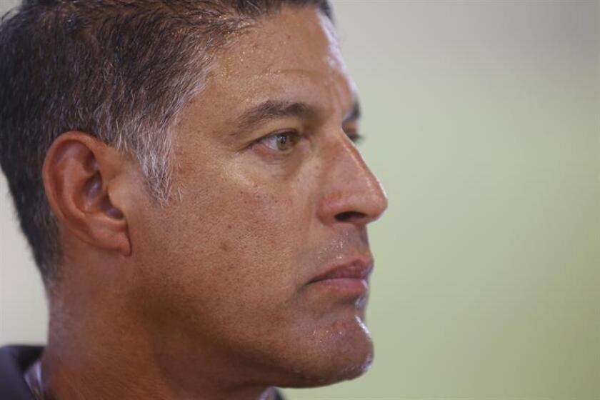 "Número 4 de mítico ""Piculín"" Ortiz es retirado de Selección baloncesto P.Rico"