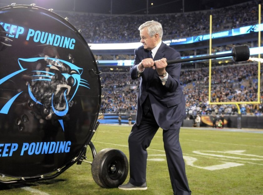Panthers owner to pay for entire staff to attend Super Bowl 50