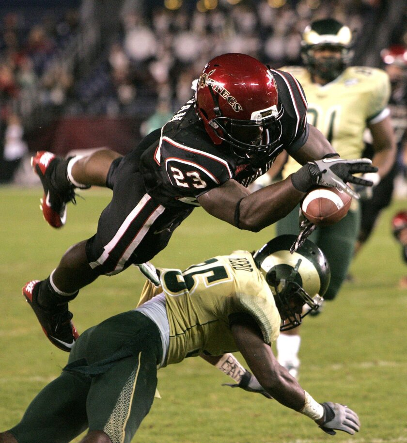 Brandon Sullivan dives for the go-ahead touchdown in the 4th quarter against Colorado State.