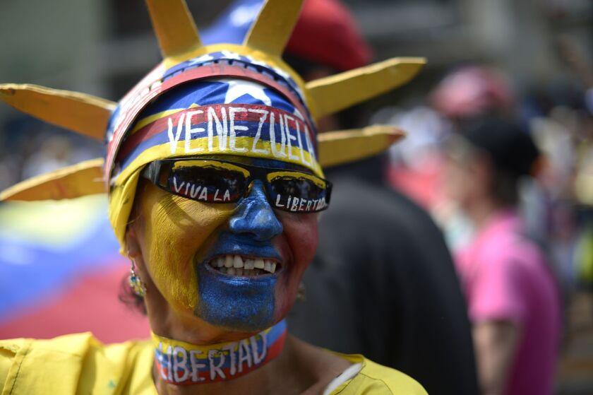 VENEZUELA-CRISIS-POLITICS