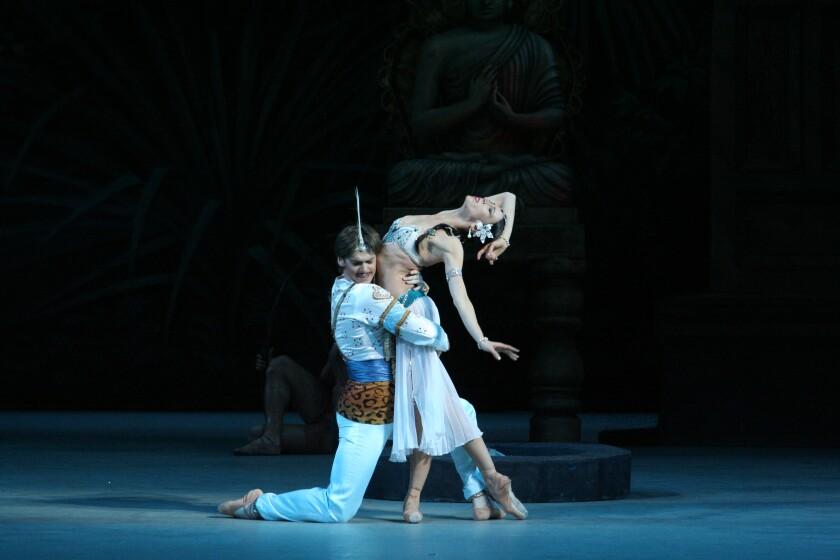 "Viktoria Tereshkina and Vladimir Shklyarov in Mariinsky Ballet's ""La Bayadére."""