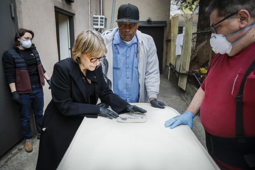 Virus Outbreak Community Funeral