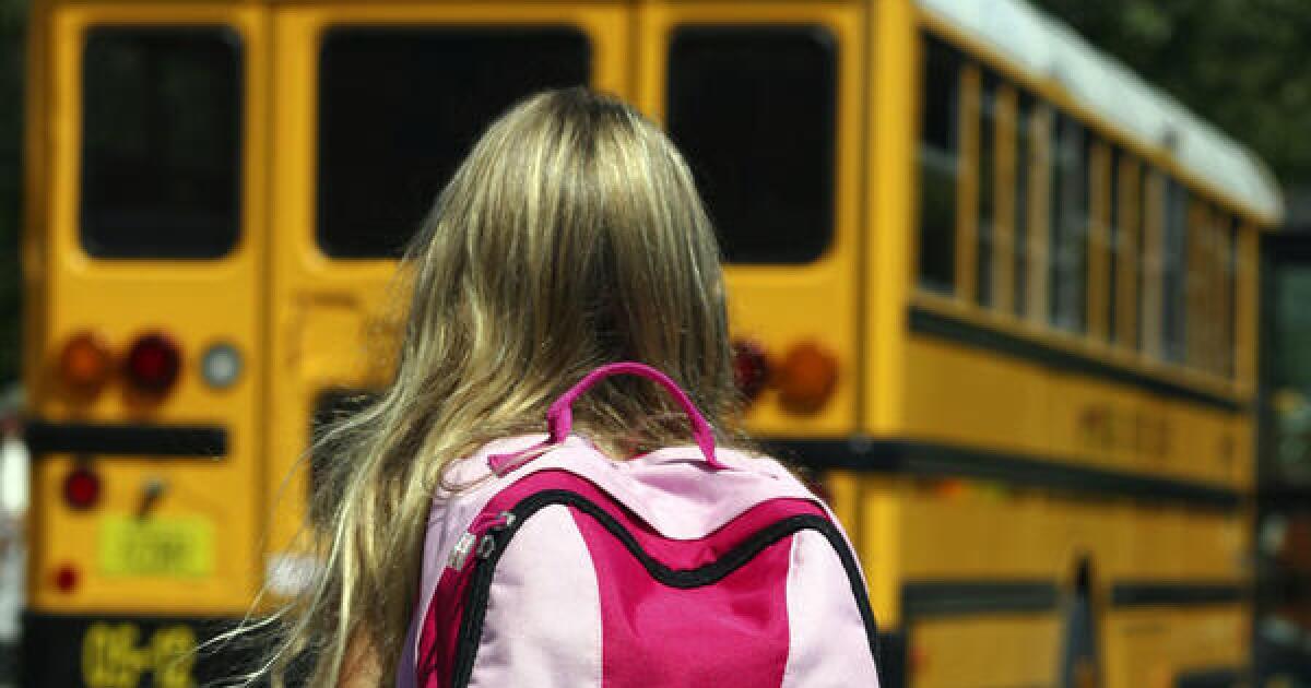 Newsomの受注りの援助をカリフォルニアのキャンパスを閉鎖によるcoronavirus,を選択なりの学校statewide