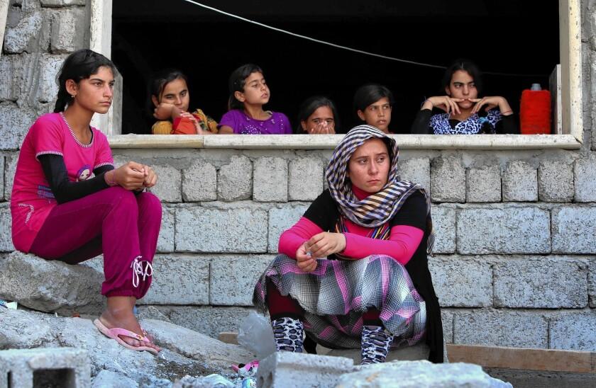 Iraqis seek shelter in Sinjar