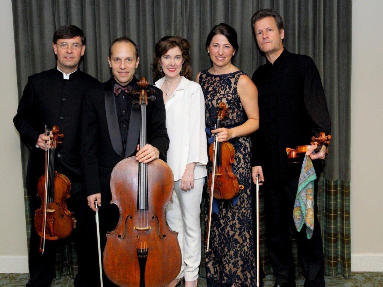 Guest musicians Roberto Diaz, Christopher Costanza, Anne-Marie McDermott, Amy Schwartz Moretti, Geoff Nuttall
