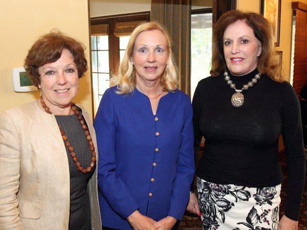 Gerda Snell, Nancy Robinson, Nena Haskins