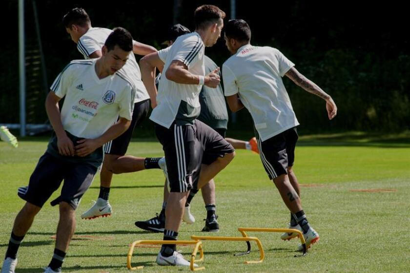 Los jugadores de la selección de México durante un entrenamiento. EFE/Archivo