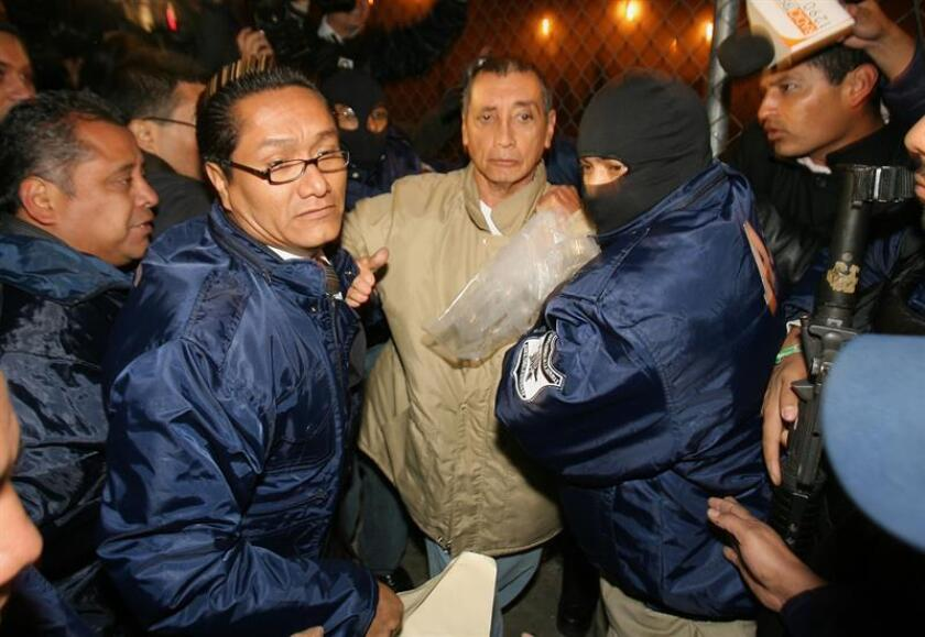 La Procuraduría General de la República (PGR, Fiscalía) dijo hoy que salvaguardará la salud del exgobernador de Quintana Roo Mario Villanueva, durante su deportación de Estados Unidos este jueves 18 de enero para cumplir una condena en México. EFE/ARCHIVO/MVT/SOLO USO EDITORIAL