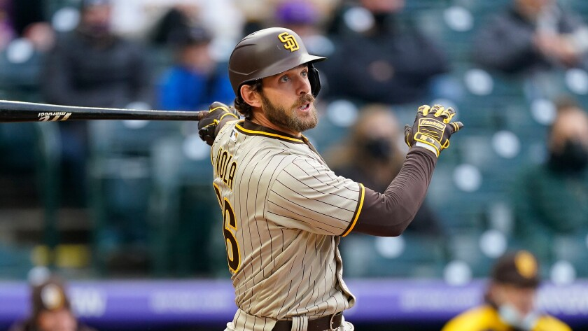 Padres catcher Austin Nola (26)