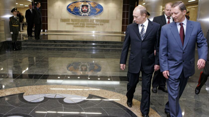 Russian President Vladimir Putin, second from right, at the Moscow headquarters of the Main Intelligence Directorate in 2006.