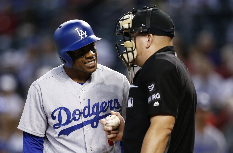 APphoto_Diamondbacks Dodgers Baseball