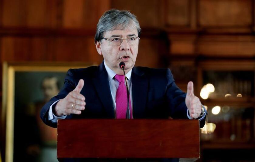 El ministro de Relaciones Exteriores de Colombia, Carlos Holmes, durante una rueda de prensa hoy, 8 de enero de 2019, en Bogotá (Colombia). EFE