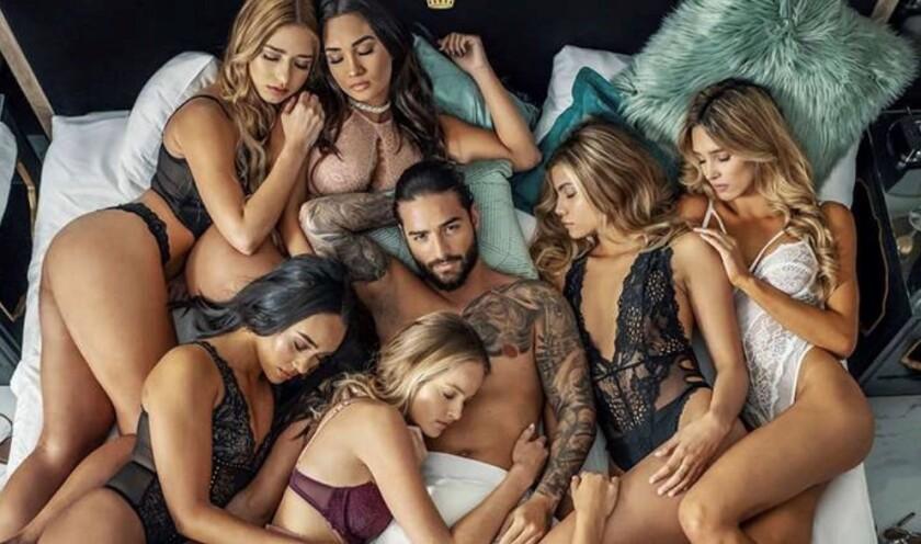 El nuevo video de Maluma lo encuentra rodeado de una cantidad impresionante de mujeres.