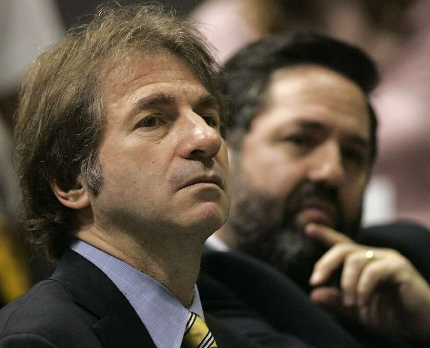 Barry Scheck, who served on O.J. Simpson's defense team, is seen in 2006 during a conference at UCLA on wrongfully convicted persons who were later exonerated.