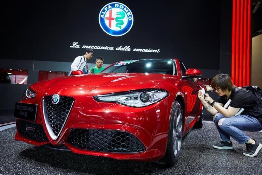 El grupo Fiat Chrysler (FCA) anunció hoy el nombramiento de uno de sus directivos más veteranos, Tim Kuniskis, como responsable de las marcas de lujo Alfa Romeo y Maserati. EFE/Archivo