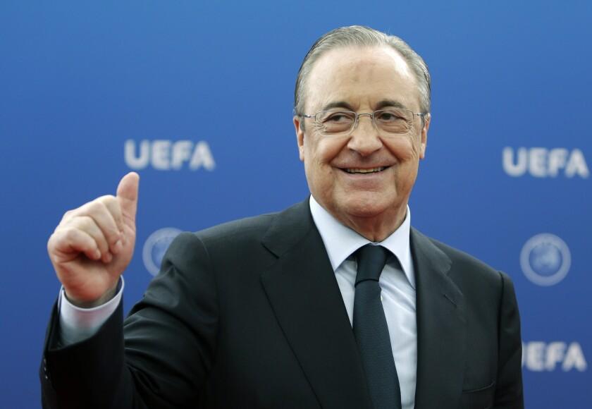 En esta foto 30 de agosto de 2018, el presidente del Real Madrid
