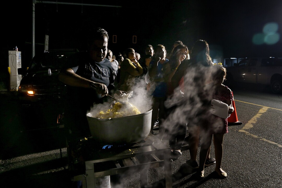 Amid power outages and aftershocks, Puerto Ricans seek safety beneath the stars