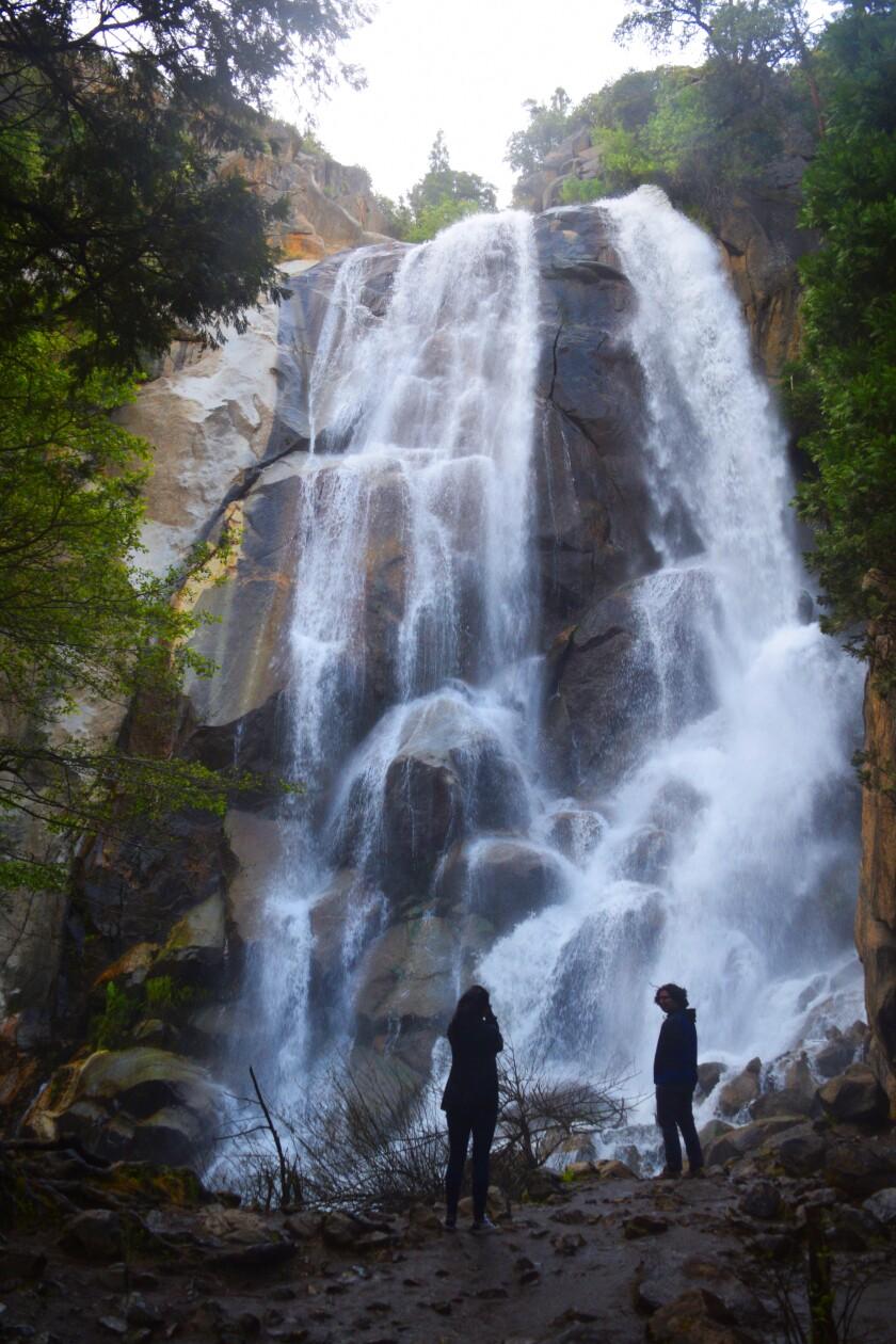la-tr-travel-sequoia-kings-canyon-003.JPG