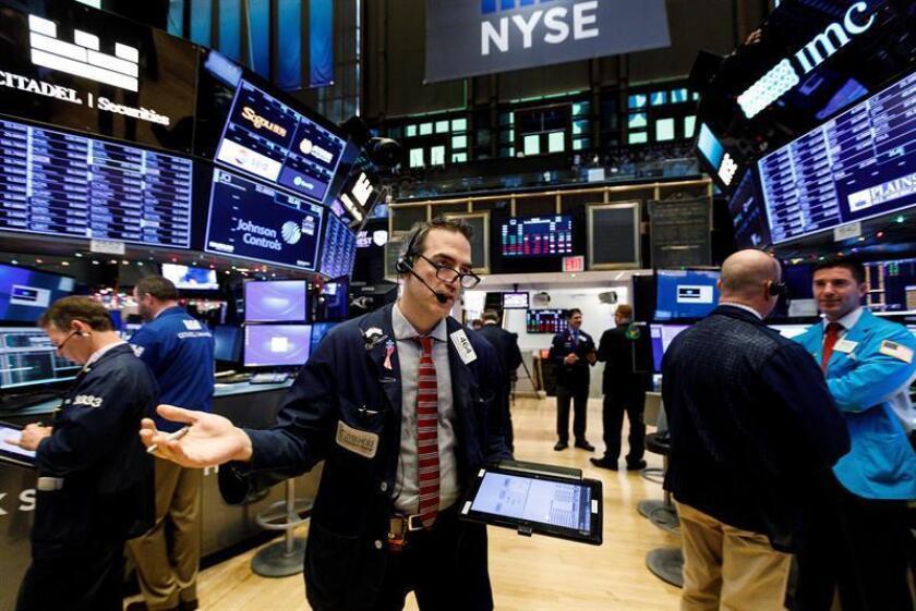 Wall Street cierra en verde y el Dow Jones sube un 0,14 %