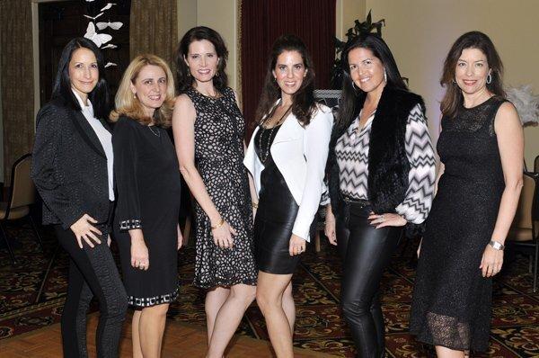 Solana Santa Fe PTO board members Alicia Gaudio, Nora Balikian, Mina Kessler, Robin Gaines, Felicia Vieira, SSF PTO President Holly Bauer