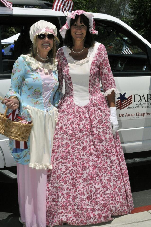 Betsy Ross (aka Gretchen Kelly) and Molly Pritchard (aka Kathy Loftman) representing the De Anza chapter of the DAR