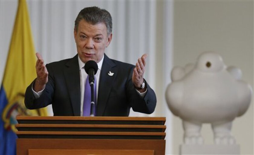 """Los empresarios colombianos propusieron hoy un """"gran pacto nacional"""" y ofrecieron su mediación para facilitar la búsqueda de consensos entre el Gobierno y los críticos del acuerdo de paz con las FARC, que fue rechazado por un estrecho margen en un plebiscito celebrado el pasado 2 de octubre."""